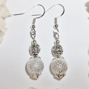 White Dangly Earring Set Jewelry for Her NWT 3994